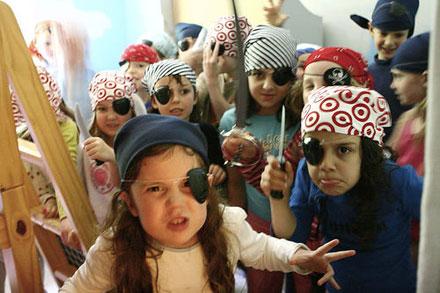Résultats de recherche d'images pour «kids pirate party»