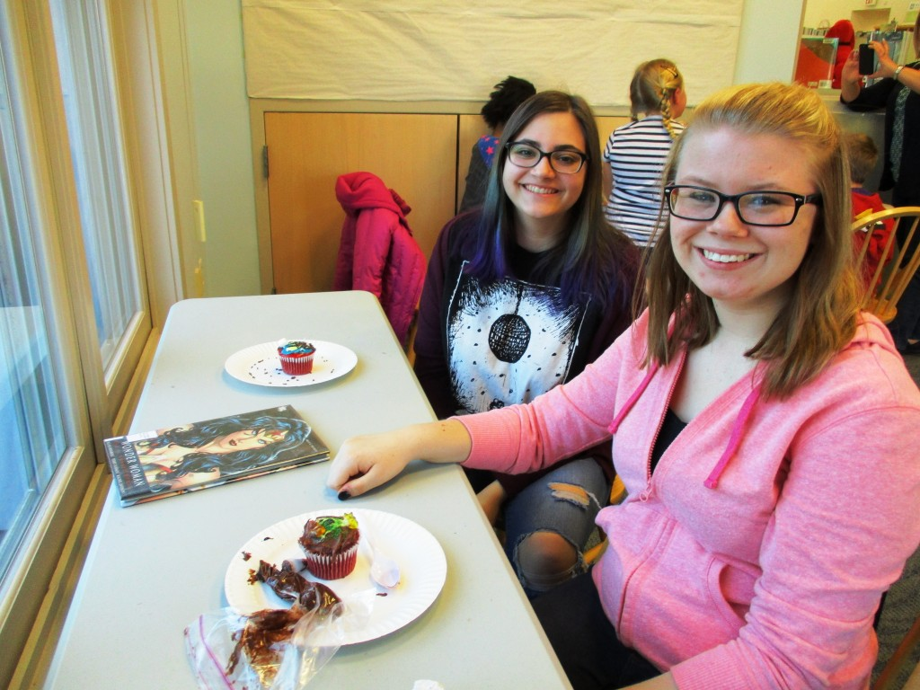 Teens competed in Cupcake Wars at our Lake Branch during National Library Week.