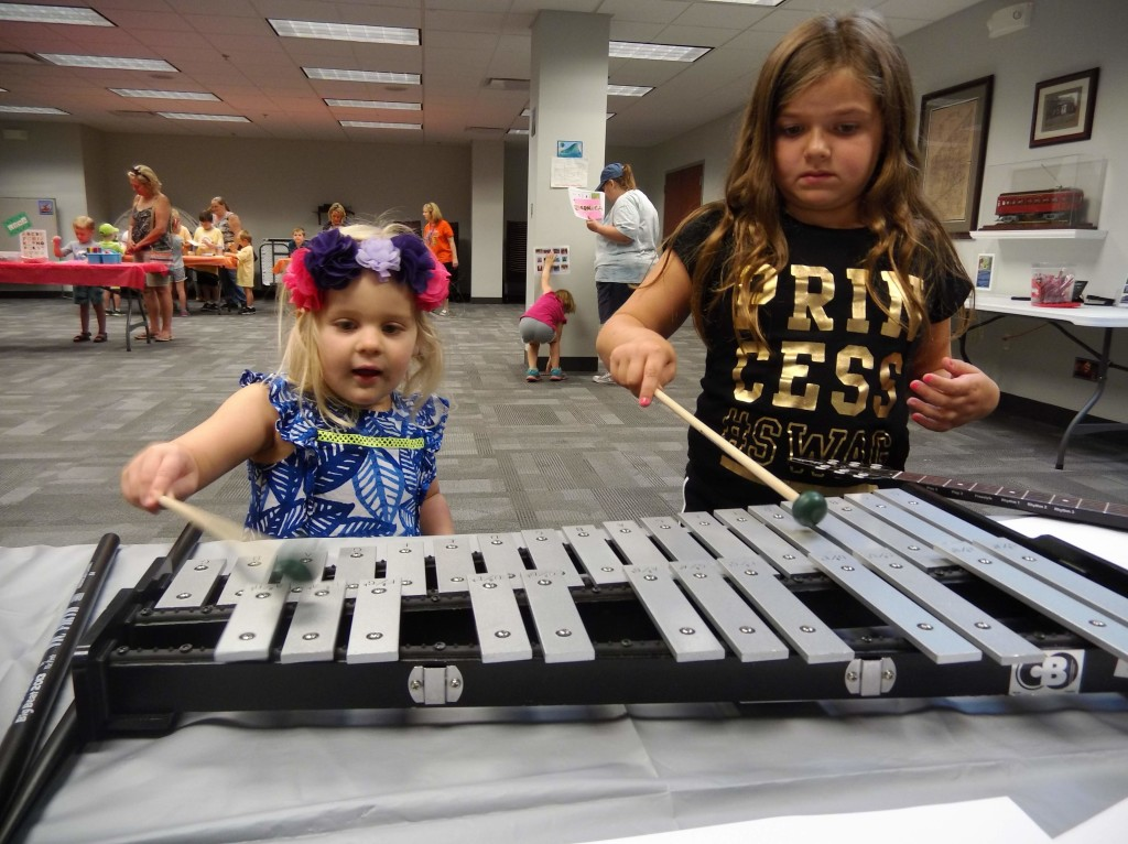 A xylophone duet on our final Musical Monday of the summer