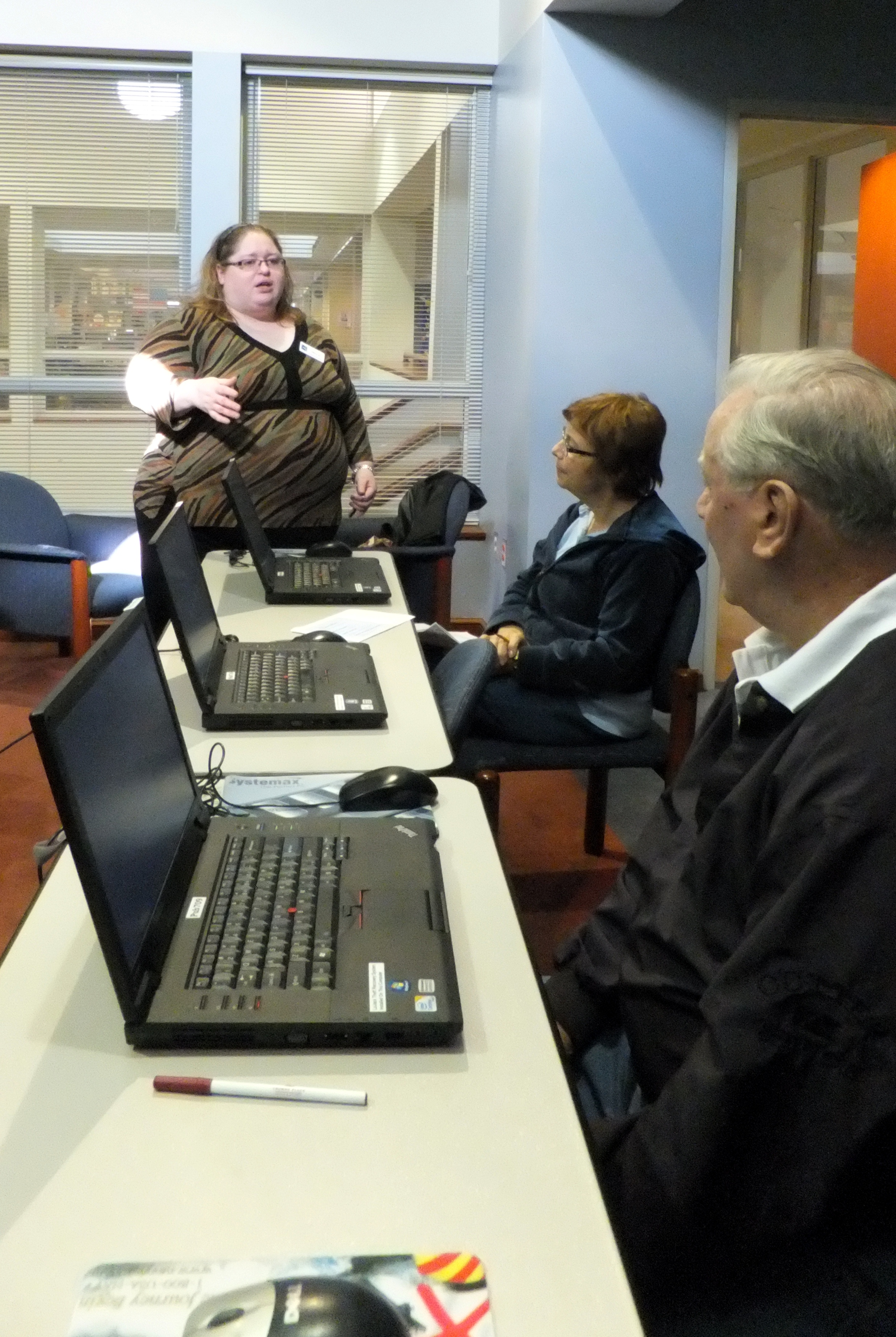 Library hosting free classes on computers, Facebook, Microsoft Word