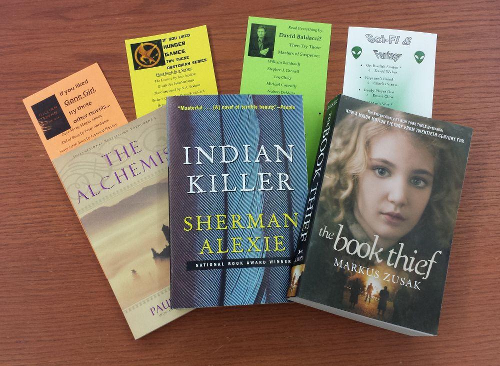 Books & Bookmarks - web