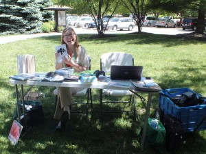Kristin, one of our reference librarians, at a flash library in Veterans Park.