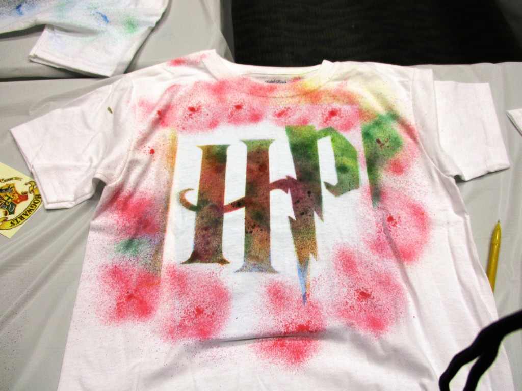 Kids made their own Harry Potter shirts at our Lake Branch, and you can do the same!