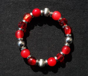 Teens can make their own bracelets and earrings on Thursday, Nov. 3, at Mentor Public Library.