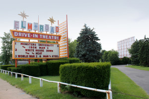 Elm_Road_Drive-In_Theatre