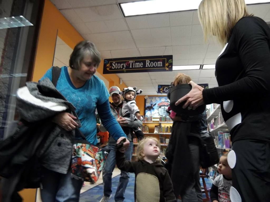 After story time, kids could trick-or-treat around the library.