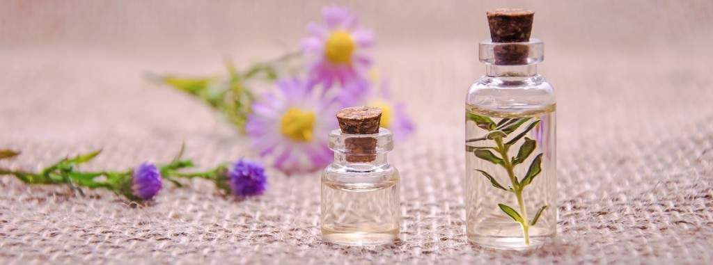 Certified aromatherapist Jennifer Langsdale suggests her favorite books on essential oils and aromatherapy.