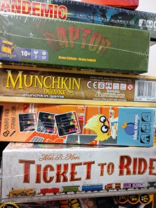 You can play classic and new board games during Family Game Night at our Headlands Branch.